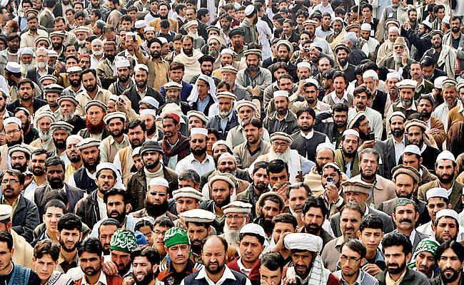 पाकिस्तान : 19 साल में आबादी बढ़ी 57 फीसदी