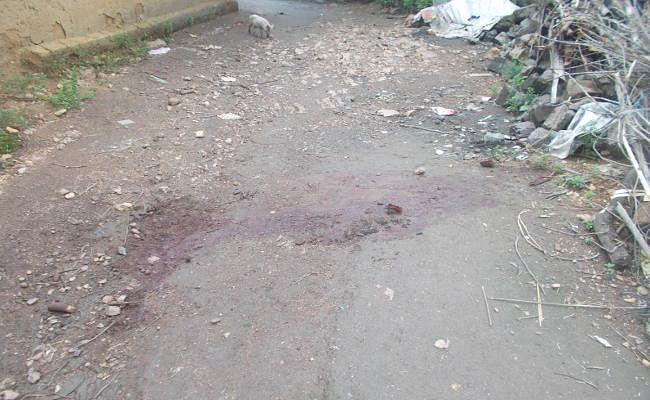 #WitchHuntInJharkhand : बीमार बेटा ठीक नहीं हो रहा था, महिला की तलवार से काट डाला