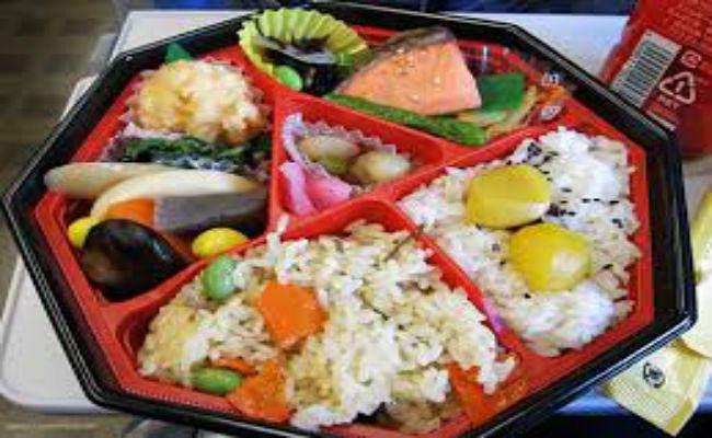 रेलवे कर रहा है यह उपाय, अब यात्रियों को मिलेगा स्वादिष्ट खाना