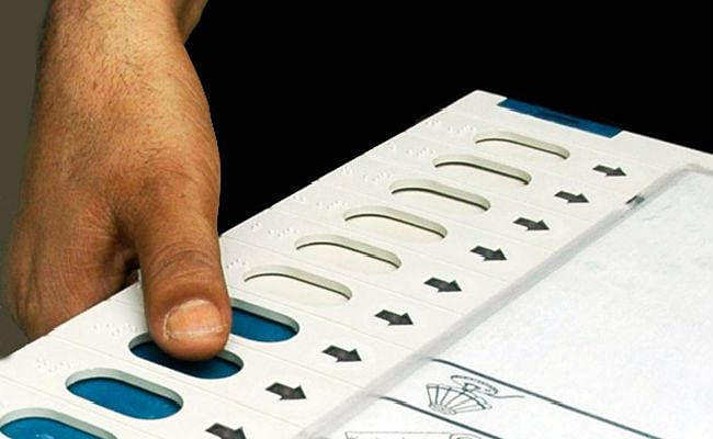चुनाव घोषणा के बाद बढ़ी राजनीतिक सरगर्मी, मतदाता उदासीन