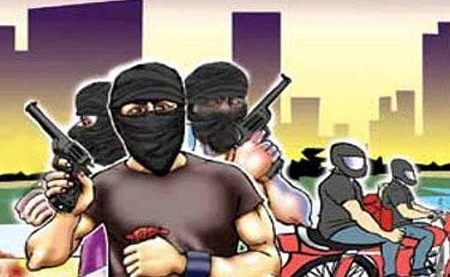 SBI Bank: बिहार में 48 घंटे के अंदर बैंक लूट की दूसरी घटना, समस्तीपुर में दिनदहाड़े लूटपाट