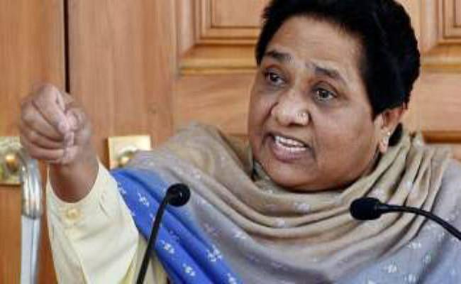 दलितों को जातिवादी हिंसा का शिकार बना रही हैं हिंदुत्ववादी शक्तियां : मायावती