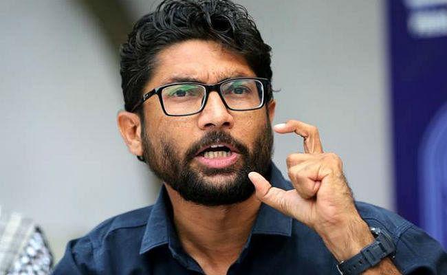 बिना इजाजत दिल्ली में ''युवा हुंकार रैली'' के लिए आमादा जिग्नेश समर्थक, चप्पे-चप्पे पर पुलिस तैनात
