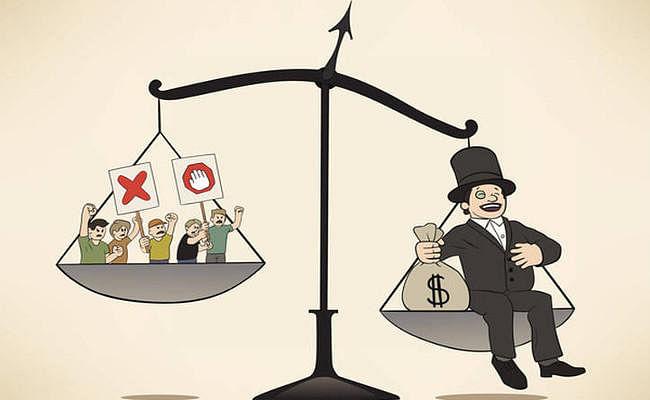 अमीर-गरीब के बीच बढ़ती खाई