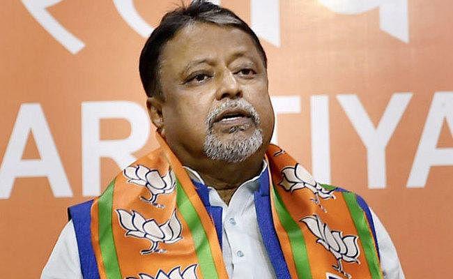 मुकुल रॉय की गिरफ्तारी पर कलकत्ता हाइकोर्ट ने लगायी रोक, बंगाल पुलिस को दिया निर्देश