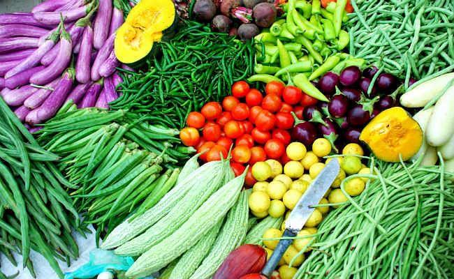 मौसम की मार से बिहार में बढ़े सब्जियों के भाव, 80 रुपये किलो हुआ गोभी व परवल, जानें ताजा रेट