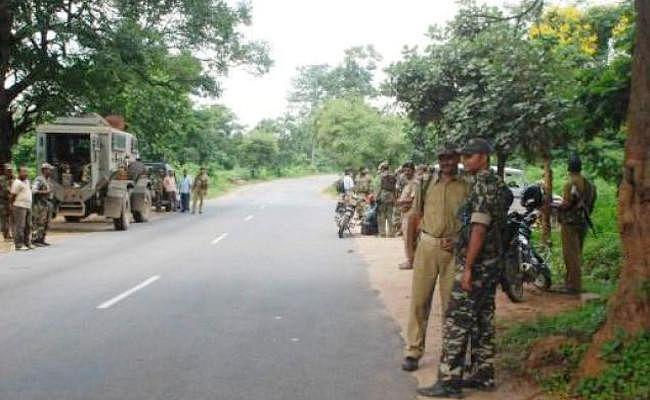 Jharkhand News : सीएजी की रिपोर्ट में खुलासा, बुलेट प्रूफ जैकेट हैं कम  कैसे चलेगा अभियान