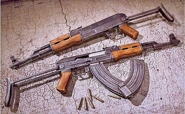 पुलिस के सामने मंजर का खुलासा: कमीशन पर पहुंचाता था हथियार, नक्सलियों के करीबी चुन्नू को दी थीं 11 लाख में दो एके-47 राइफलें
