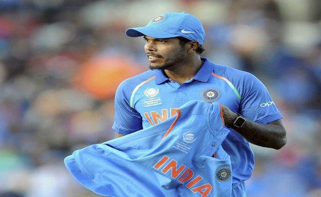 पहले दो वनडे के लिए भारतीय वनडे टीम की घोषणा, उमेश यादव को मिला 10 विकेट का इनाम