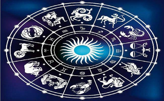 Rashi Parivartan: ग्रहों के युवराज बुध कल करेंगे वृश्चिक राशि में प्रवेश, जानें किन राशियों के लिए रहेगा घातक और किसके लिए शुभ...