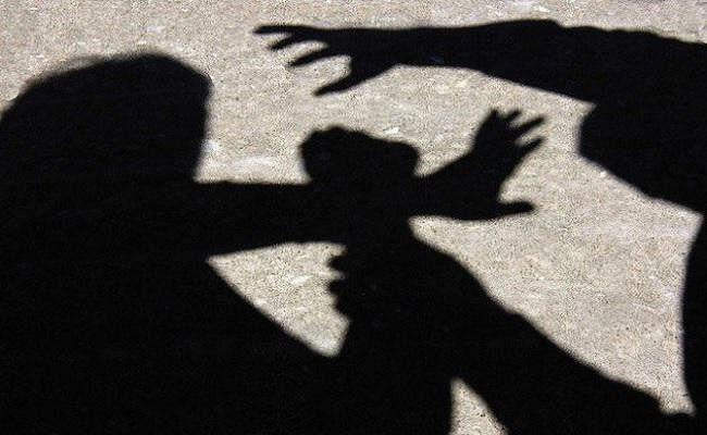 बच्चों के बीच हुआ विवाद स्कूल पहुंच कर परिजन ने शिक्षिका को पीटा, मुजफ्फरपुर में केस दर्ज