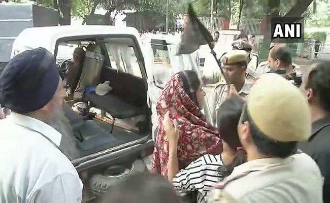 1984 सिख दंगा: कांग्रेस के खिलाफ दिल्ली में अकाली दल का प्रदर्शन, लगायी न्याय की गुहार