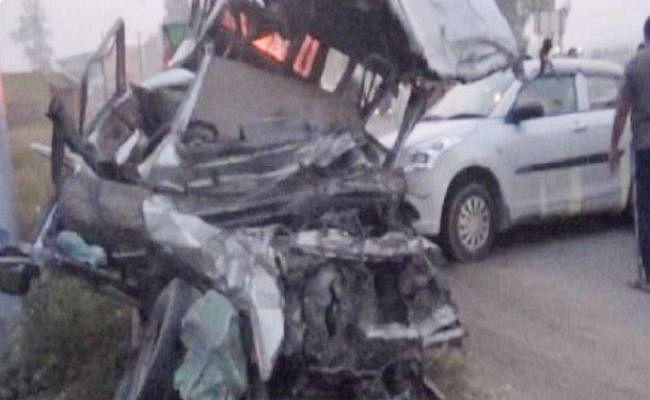 सोनीपत में ट्रक ने कार और जीप को मारी टक्कर, 12 लोगों की मौत, 7 घायल