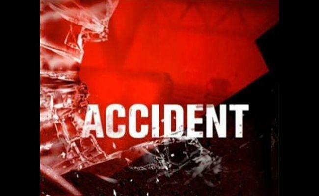 Road Accident in Bihar : एक्सिस बैंक के असिस्टेंट मैनेजर सहित पांच की मौत, पांच घायल