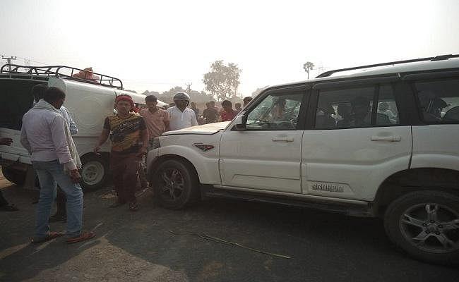 बिहार : स्कार्पियो व ट्रेकर में हुई सीधी भिड़ंत में 16 जख्मी