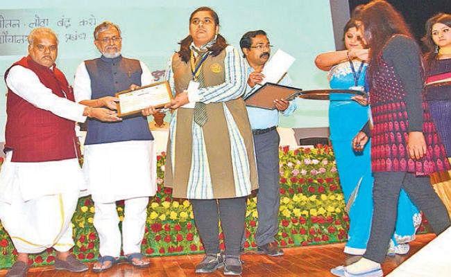 पटना : अगले साल बिहार दिवस के मौके पर पूरे राज्य को बनाएं ओडीएफ : सुशील मोदी