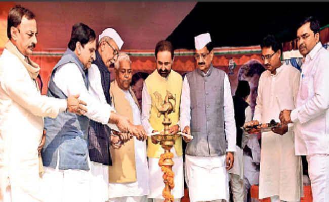 बिहार हार के बाद शक्ति सिंह गोहिल और मदन मोहन झा ने की इस्तीफे की पेशकश, कांग्रेस कार्यसमिति करेगी विचार