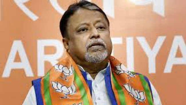 नारद स्टिंग ऑपरेशन : भाजपा नेता मुकुल राय ने तथ्य छिपाये, तृणमूल ने हमला बोला