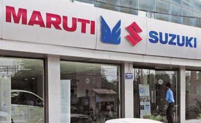 सबसे बड़ी कार निर्माता कंपनी मारुति-सुजुकी की बिक्री में नवंबर में लगातार दूसरे महीने गिरावट दर्ज