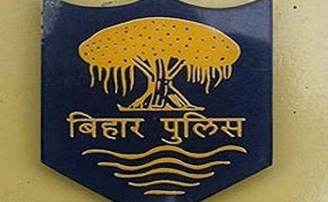 जांच करने गयी पुलिस टीम पर ग्रामीणों का हमला, ASI समेत चार पुलिस कर्मी घायल
