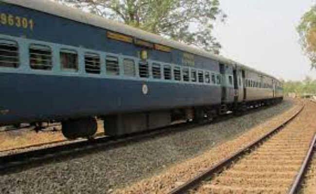 मुजफ्फरपुर जंक्शन पर लगा आठ घंटे का मेगा ब्लॉक, एक दर्जन ट्रेनें रहेंगी प्रभावित