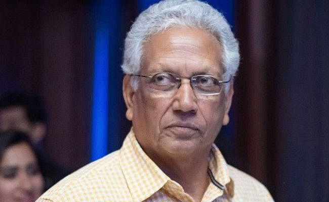 धौनी को खेलना चाहिए घरेलू क्रिकेट : अमरनाथ