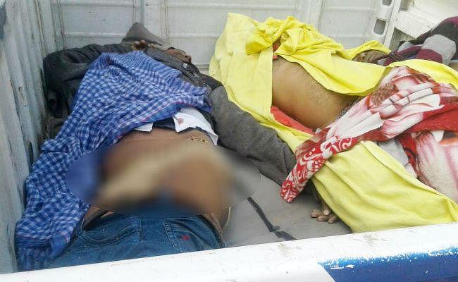 गुजरात से शव लेकर धनबाद जा रही एंबुलेन्स सासाराम में कंटेनर से टकरायी, तीन लोगों की मौके पर मौत