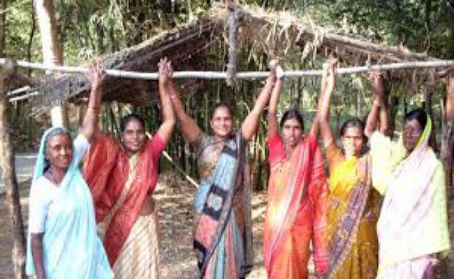 कोलकाता  : विधवा गांव को गोद लेगी राज्य सरकार