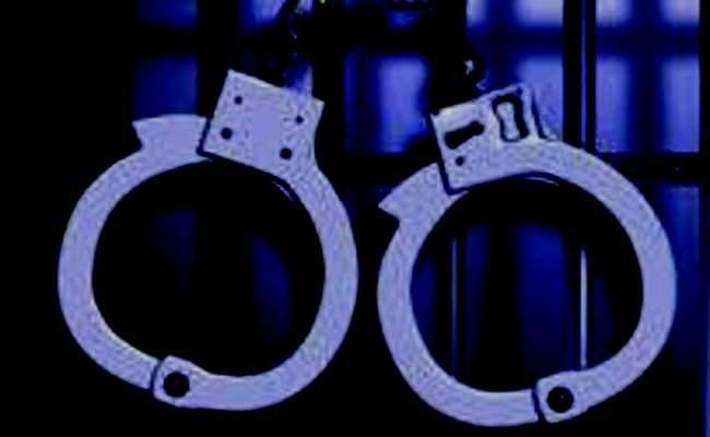नौकरी के नाम पर एनजीओ चला रहा था वसूली का खेल, एक महिला सहित पांच हिरासत में...