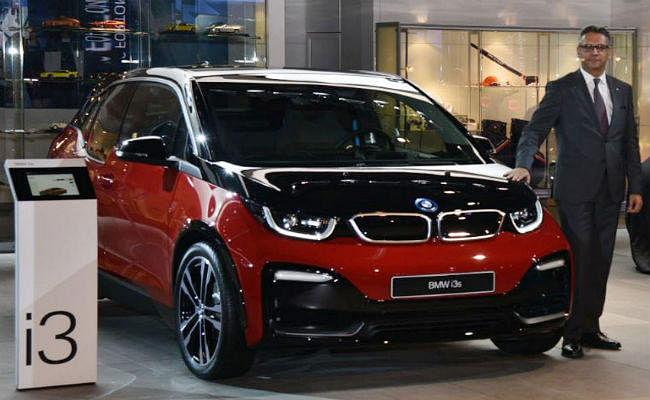 Auto Expo 2018 में BMW ने पेश की Electric Car i3s, फुल चार्ज में चलेगी 280km