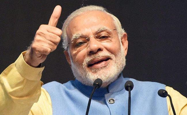 PM मोदी ने सीबीएसई परीक्षार्थियों को दिये टिप्स, कहा-परीक्षा लिखते वक्त चेहरे पर रखें मुस्कान