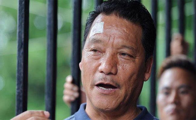 बंगाल : ....जब : विमल गुरुंग ने लगाया आरोप, मां-बहनों से दुष्कर्म की धमकी दे रही है पुलिस