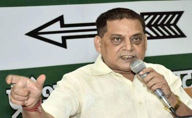 बिहार के लिए विशेष राज्य का दर्जा मांगते रहे हैं, आगे भी मांगेंगे : नीरज