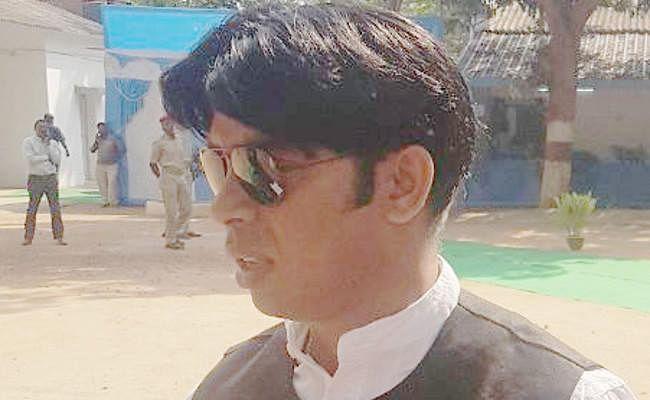 झामुमो विधायक अमित महतो को 2 साल की सजा, 10 हजार रुपये जुर्माना, बेल पर रिहा