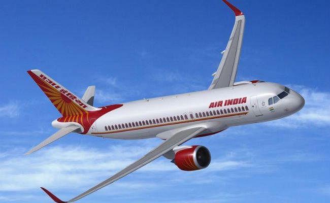 Air India ने शाकाहारी व्यक्ति को परोस दिया Non-Veg, In flight हुआ यह हाल...!
