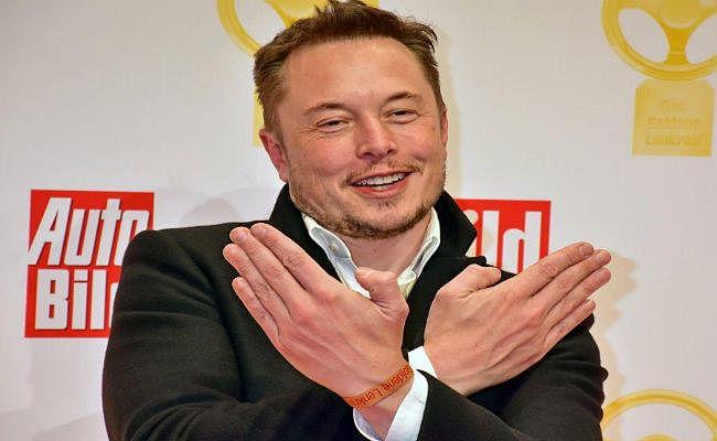 Twitter पर मिला चैलेंज, तो Elon Musk ने डिलीट किये Tesla और SpaceX के Facebook पेज