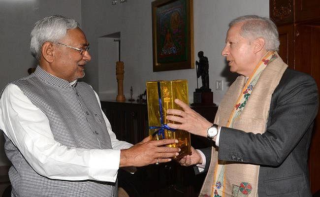 बिहार : मुख्यमंत्री नीतीश कुमार से मिले भारत में अमेरिका के राजदूत केनिथ जस्टर