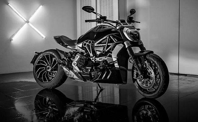 इटली की सुपरबाइक कंपनी Ducati इस साल भारत में उतारेगी चार मॉडल, जानें कीमत...!