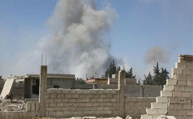 राहत बचाव कर्मियों का दावा- सीरिया में केमिकल हमले में 70 मरे