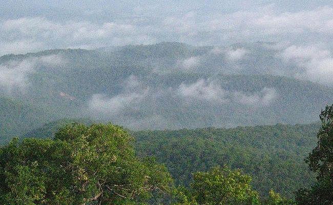 नक्सलियों के स्वर्ग को सुरक्षा बलों ने कर दिया तबाह, शीर्ष माओवादी कैंप छोड़कर भागे