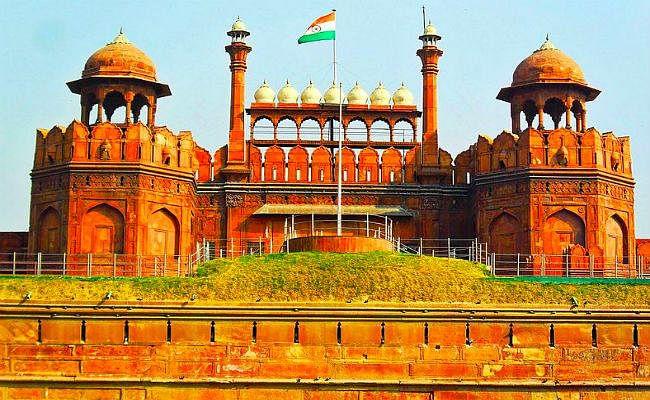 25 करोड़ रुपये में डालमिया ग्रुप का हुआ दिल्ली लाल किला, अब ताजमहल की बारी...!