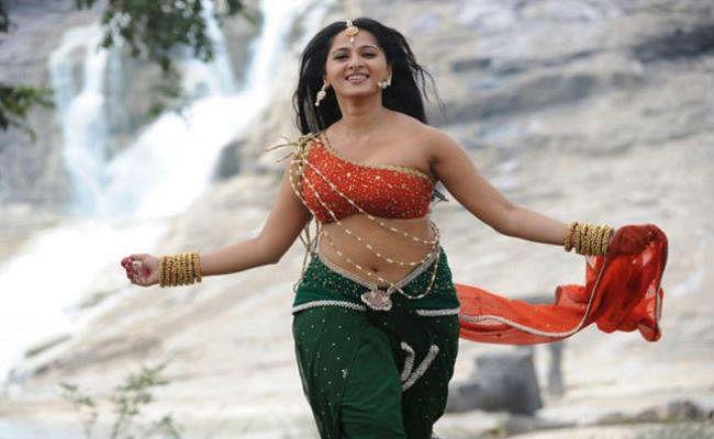 ''बाहुबली'' फेम अभिनेत्री अनुष्का शेट्टी पहुंची गंगोत्री धाम