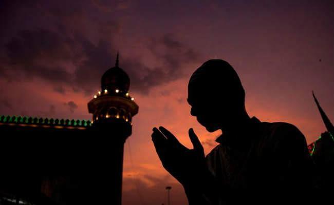 चांद का हुआ दीदार, रमजान का पहला रोजा आज से