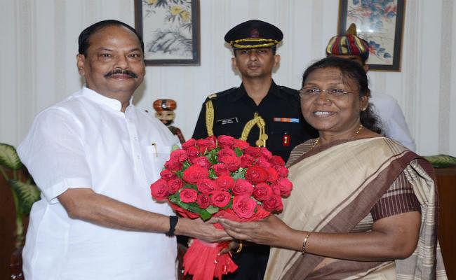 राज्यपाल द्रौपदी मुर्मू के तीन साल पूरे, सीएम रघुवर ने दी बधाई