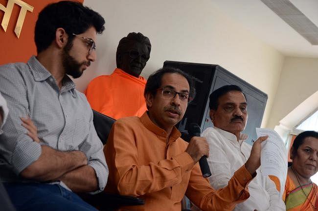 शिवसेना ने उप चुनाव के परिणाम को लेकर चुनाव आयोग पर लगाया आरोप