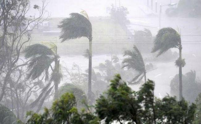 Bihar Weather Alert: बांग्लादेश के चक्रवात का बिहार के मौसम पर दिखेगा असर, 20 जिलों में आज आंधी और बारिश की आशंका, अलर्ट जारी