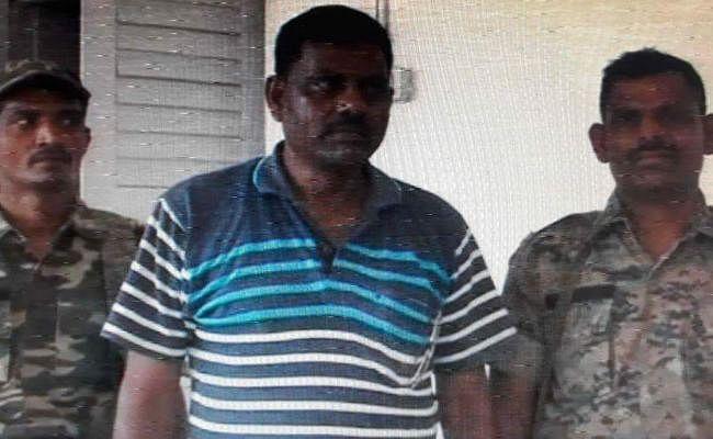 पलामू : SC/ST थाना प्रभारी घूस लेते गिरफ्तार