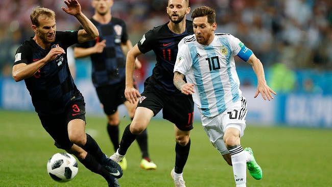 फुटबॉल की ऐसी दिवानगी, मेसी-नेमार के खिताबी भिड़ंत से पहले ब्राजील और अर्जेंटीना के राष्ट्रपति हुए आमने-सामने