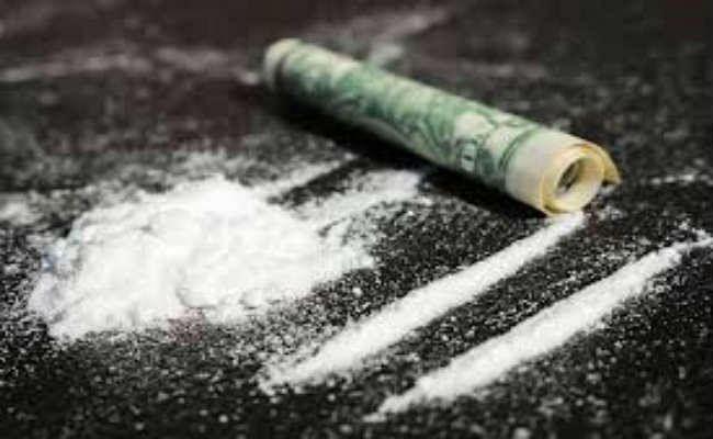 2.35 करोड़ रुपये के ड्रग्स जब्त, दो िगरफ्तार