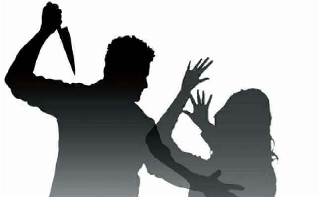 कूचबिहार: प्रेम में विवाद, जवान ने महिला कांस्टेबल पर चलाया छुरा